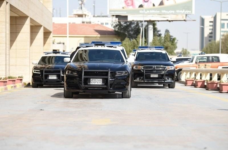 محامي جنائي سيارة شرطة